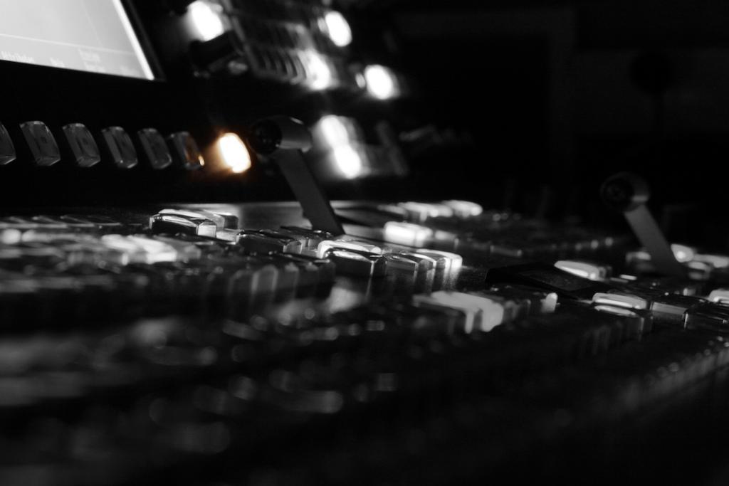 Ross mixing board